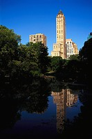 Pond at Central Park in front of the hotel The Pierre under blue sky, Central Park, Manhattan, New York USA, America