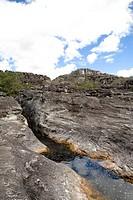 Stream Fit in Flaw, Diáclase, Rio Preto State Park, São Gonçalo do Rio Preto, Minas Gerais, Brazil