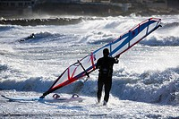 Man windsurf