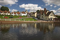 England, Essex, Finchingfield, View over the pond in the pretty Essex village of Finchingfield. It has been described as the most photographed village...