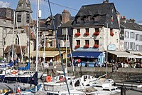 CAFE_BRASSERIE ´LA MAISON BLEUE´, THE OLD PORT, HONFLEUR, CALVADOS 14, NORMANDY, FRANCE