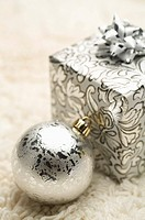 Gift, Christmas Bauble