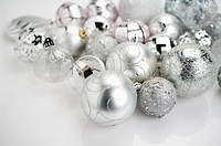 Silver Christmas baubles (thumbnail)