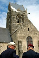 VETERANS IN FRONT OF THE SAINTE_MERE CHURCH, D_DAY COMMEMORATION ON THE NORMANDY LANDING BEACHES, MANCHE 50, FRANCE