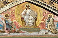 Russia, St Petersburg, the church of ressurection, mosaic (thumbnail)