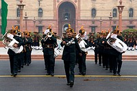 India, New Delhi, district of the ministry and parliament, military parade (thumbnail)