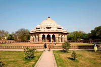 India, New Delhi, Isa Khan's tomb