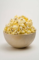 Popcorn full in a bowl