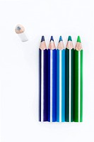 Colored pencils (thumbnail)