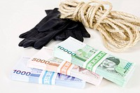 glove, string and Korean currency