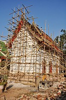 Chiang Saen (Thailand): a Buddhist temple under repair