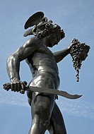 Statue of Perseus with the head of Medussa sculpture at Trentham Gardens Estate Stoke-on-Trent, North Staffs, Staffordshire