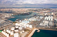 Spain, Barcelona, Catalonia, overview, harbour, port, town, city, tank camp, tanks, energy