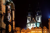 Czech republic _ metropolises Prague . Staromestske square _ astronomical clock