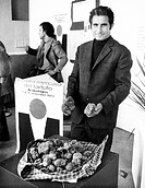 fiera del tartufo, alba, italia 1973