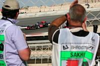 Jenson Button, McLaren Mercedes MP4_25, Grand Prix, Bahren, Persian Gulf