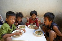 food child school children cambodia lunch time
