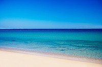 Picture of a tropical beach with beautiful blue water