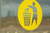 Pictogram for rubbish bin, Germany