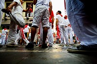 Encierro, the running of the bulls, Fiesta de San Fermin, Festival of San Fermin, Pamplona, Province of Navarre, Spainen San Fermin, Pamplona Navarra,...