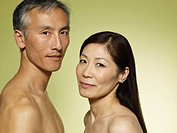 Shirtless couple (thumbnail)