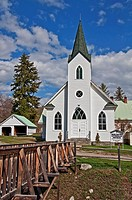 This white classic turn of the century church was built in 1917 and is located in Havillah Washington in Okanogan County It´s shot during the day with...
