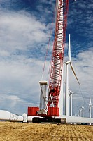 Manitowoc 16000 crawler crane being used for erecting wind turbines, Klondike Wind Project, Wasco, Oregon