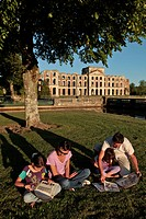 INFORMATION AND GAMES IN AN INSTALLMENT OF THE GUIDE BOOK ON THE HISTORY OF THE CHATEAUS OF FRANCE, FAMILY IN FRONT OF THE RUINS OF THE CHATEAU DE LA ...