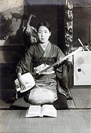 japanese young woman in kimono