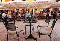 Croatia, Zadar city center bar in the square