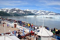 From cruise ship deck tourist watching Hubbard glacier and Saint Elias mountain, the longest tidewater glacier in Alaska, Saint Elias national park , ...