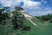 Belize, Maya ruins Xunantinich, El Castillo, Pyramid