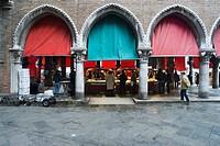 Italy, Veneto, Venice, fishmarket at Rialto