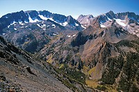 The Sawtooth Ridge in the Sierra Nevada mountains near Twin Lakes, Bridgeport, Calirornia, USA