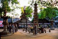 KOREA, SEOUL, SUSONG_DONG, CHOGAESA BUDDHIST TEMPLE, PAGODA