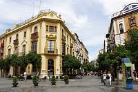 plaza virgen de los reyes, siviglia, spagna