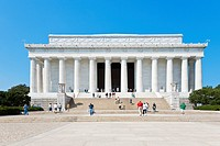 Washington DC - Tourists climb the steps to the Lincoln Memorial in Washington DC