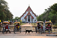 Driver in their trishaws in front of Wat Mongkol Bobit temple, old kingdomtown Ayutthaya, Thailand, Asia