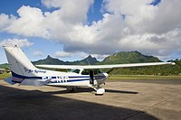 Polynesia, Cook Islands, Rarotonga. An Air Rarotonga plane at Rarotonga International Airport. Credit: Wendy Kaveney / Jaynes Gallery / DanitaDelimont...