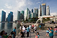 Singapore City, The Merlion and Splanade Bldg.