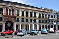Houses facing the Capitol, Paseo de Marti, old town, Havana, Cuba, Caribbean, Central America