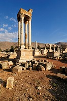 Antique Umayyad ruins, Tetrapylon, at the archeological site of Anjar, Aanjar, Unesco World Heritage Site, Bekaa Valley, Lebanon, Middle East, West As...