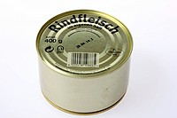 Can of tinned food, beef in its own juice
