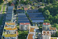 Aerial view of greened flat roofs and the roofs of the solar village, Vauban district, Freiburg im Breisgau, Baden_Wuerttemberg, Germany, Europe