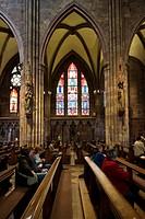 Interior view of Freiburg Cathedral, Freiburg im Breisgau, Baden-Wuerttemberg, Deutschland, Europa