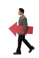 Businessman carrying big size red color paper arrow MR703T