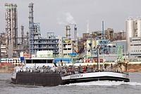 Bayer AG chemical plant on the Rhine river, tanker, Leverkusen, North Rhine-Westphalia, Germany, Europe
