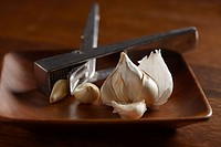 Bulb and cloves of garlic