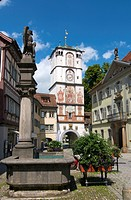 Pedestrian zone with Ravensburger Tor gate in Wangen im Allgaeu, Upper Swabia, Allgaeu, Baden_Wuerttemberg, Germany, Europe