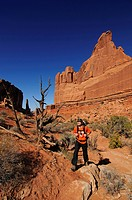 Hiker, Park Avenue, Arches National Park, Moab, Utah, USA